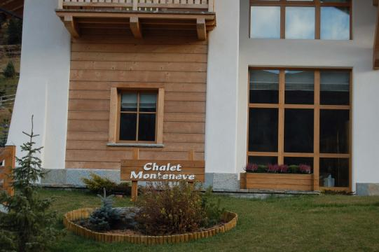 Eingang Chalet Monteneve in Livigno